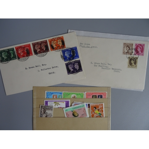 33 - Small selection including GB 1940 Centenary set on plain FDC and 1953 Wildings 5d, 8d & 1/- on plain...