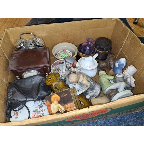 51 - Box of Assorted Collectables...
