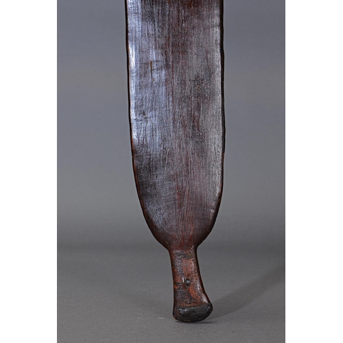 1005 - FINE EARLY RAINFOREST SWORD CLUB, NORTH-EAST QUEENSLAND, carved and engraved hardwood (with custom s...