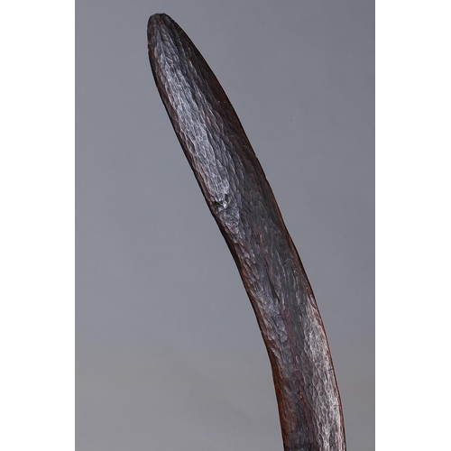 1014 - FINE ELEGANT BOOMERANG, DARLING RIVER REGION, NEW SOUTH WALES, Carved and adzed hardwood (no custom ...