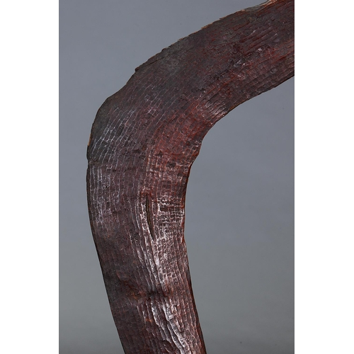 1024 - FINE EARLY KIMBERLEY BOOMERANG, WESTERN AUSTRALIA, Carved and engraved hardwood and natural pigment ...
