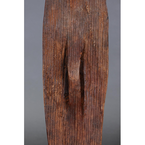 1048 - EARLY WUNDA SHIELD, WESTERN AUSTRALIA, Carved and engraved hardwood and natural pigment (with custom...