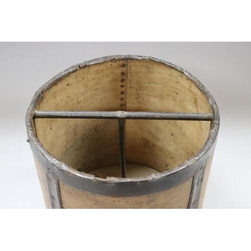 40 - Antique French bentwood corn or grain measure, approx 25cm H x 25cm W x 24cm D