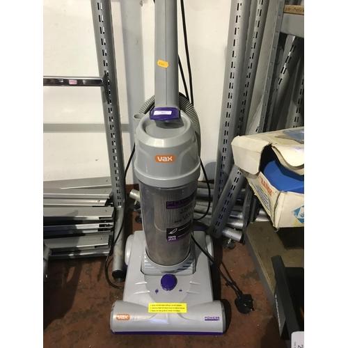 27 - Vax vacuum...